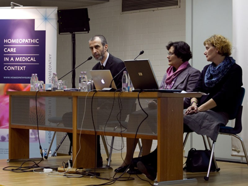 <p>From left to right:</p> <p><b>Dr Milan Jazbec, Dr Zdenka Čebašek-Travnik, Irena Gorišek, MD</b></p> <p>(Photo: Simon Plestenjak)</p>